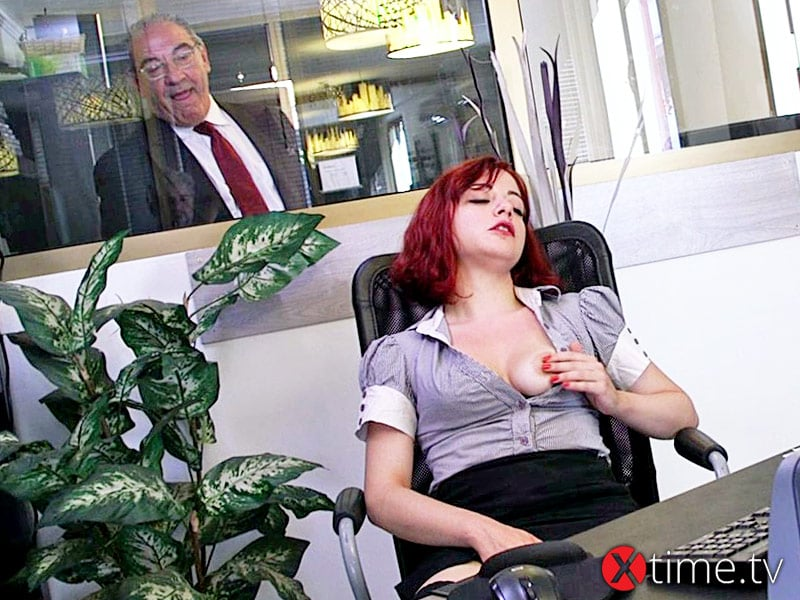 Silvia Lamberti: Squirting Office